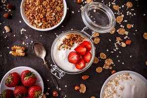 Jarl of homemade granola