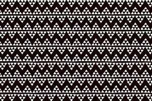 Ethnic triangles black pattern