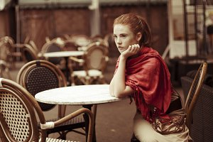 girl in outdoor cafe