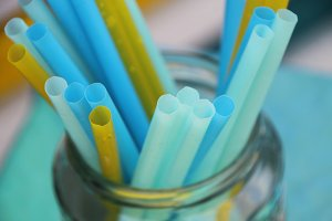 blue and yellow drinking straws