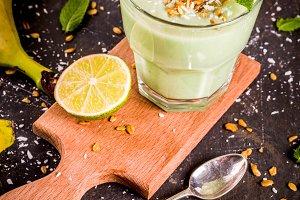 Avocado and banana smoothie