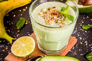 Avocado and banana smoothie