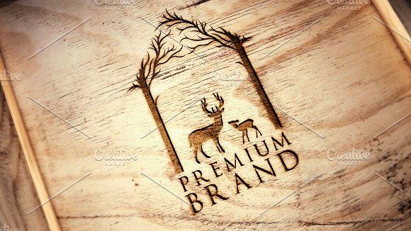Premium Deer Logo - Vector & Mock-Up