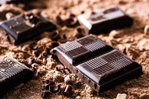 Chocolate pieces and chocolate powde