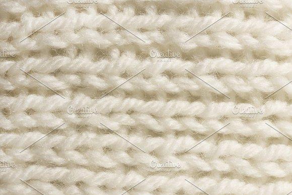 Warm White Wool Knitting Texture