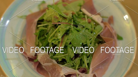 Mix Green Salad With Prosciutto
