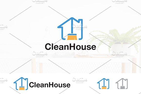 House Clean Service Assistant Logo