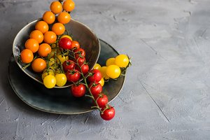 Organic food raw cherry tomatoes