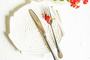 Summer floral table setting