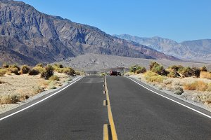 highway in desert of Death Valley