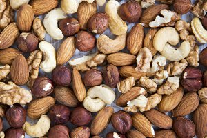 Mixed nuts (cashew, hazelnuts