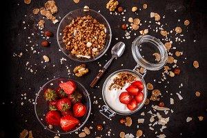 Tasty granola with yogurt