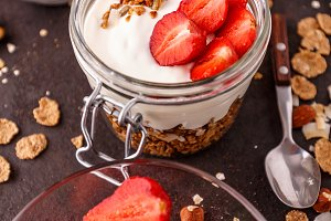 Oat granola breakfast