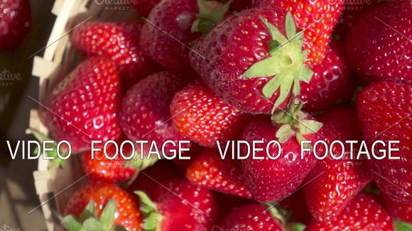Strawberry In A Wicker Basket And Camera Movement On A Cocktail Slow Motion