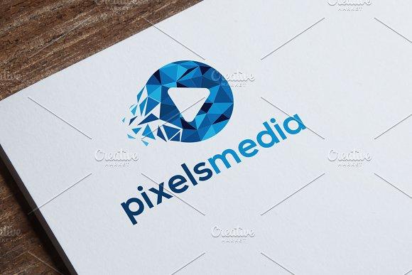 PIxes Media Logo