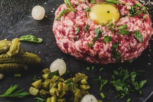 Beef steak tartare