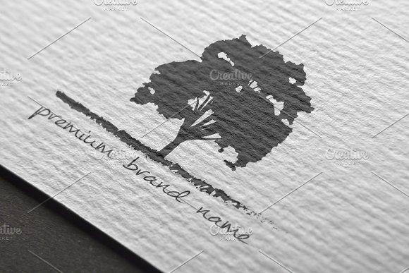 Premium Tree Logo Mock-Up Vector