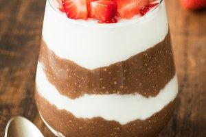 Chocolate chia pudding parfait