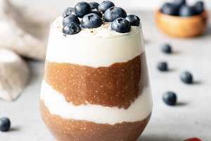 Chia pudding parfait with blueberry