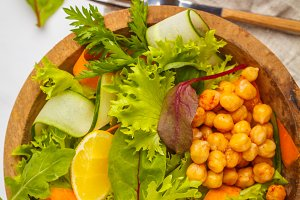 Summer vegetable salad with chickpea