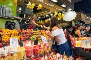Trading in the La Boqueria market
