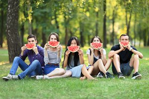 Five friends women and men