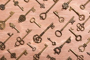 vintage skeleton key