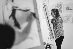 Woman in an art class