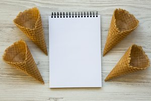 Waffle sweet cones with notepad