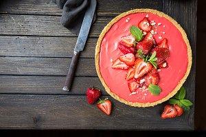Tart with strawberries