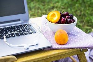 Outdoor freelance work