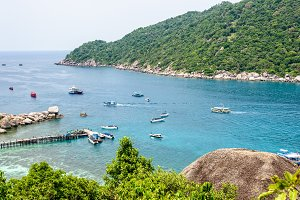 Sea at Tao and Nang Yuan island