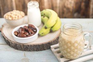 Vegan smoothie (chickpeas)