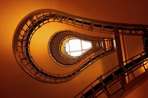 Bulb staircase