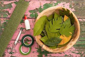 Utensils for making paper flower lea