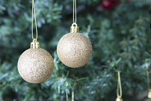 Christmas decoration-two golden ball