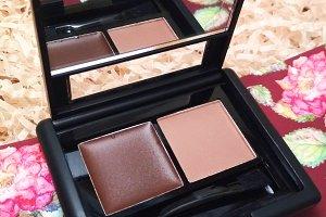 Brow eyebrow palette make-up photo