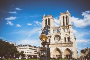 Telescope overlooking for Notre Dame