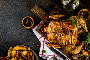 Baked chicken with cranberry