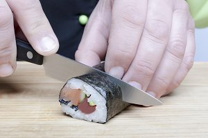 knife and sushi
