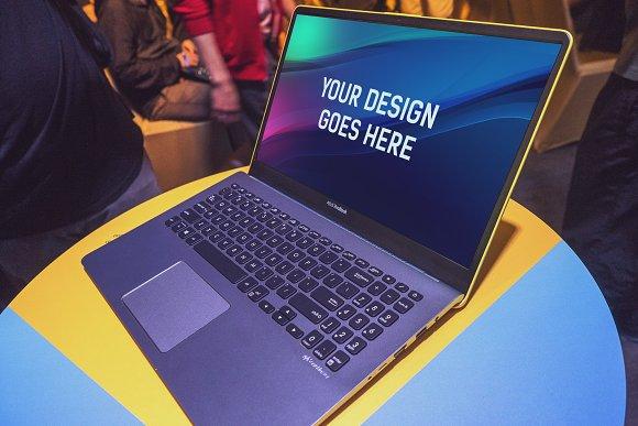 Laptop Display Mock-up #6