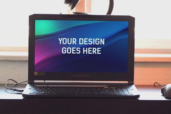 Laptop Display Mock-up #2