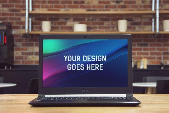 Laptop Display Mock-up #1