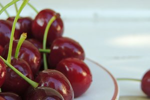 Organic cherries in a bowl.