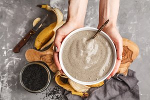 Banana, black sesame smoothie bowl