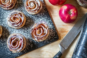 Flat lay apple roses with sugar