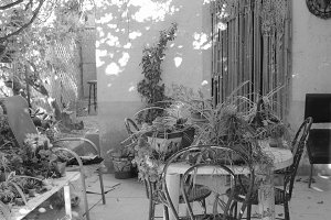 Mediterranean Patio in Black White