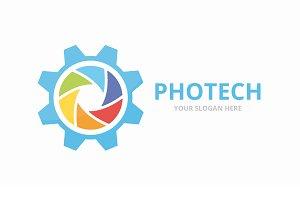 Vector camera shutter and gear logo