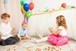 Celebrating birthday party with confetti