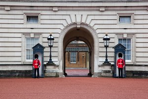 Royal guards, Buckingham Palace